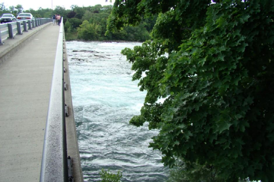 Pervyj most.jpg - 146kB