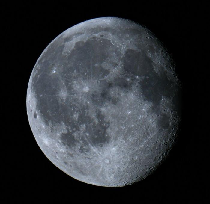 moon.jpg - 75kB